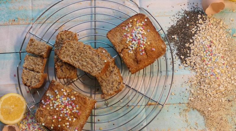 cake grec à l'avoine,citron et chia