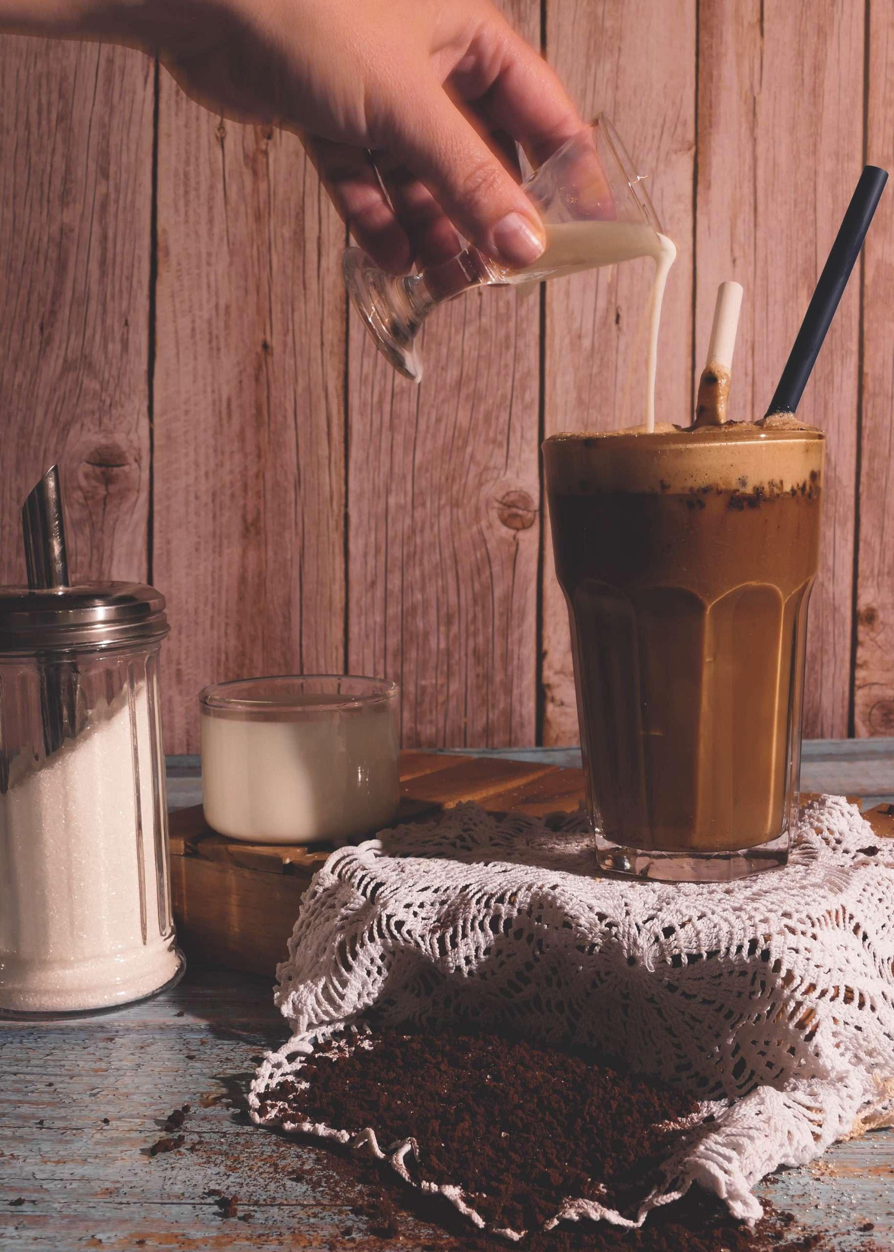 café frappé grec