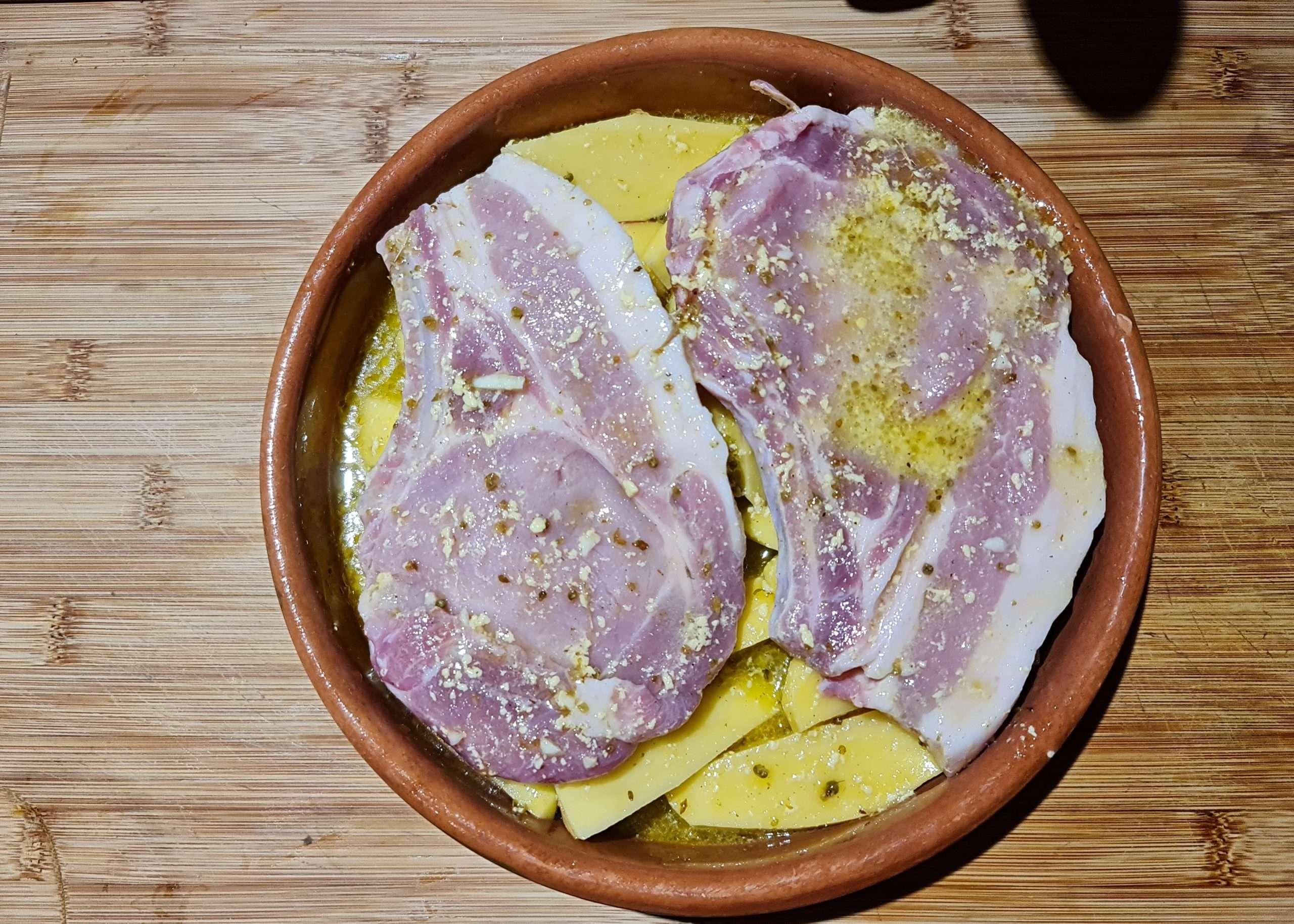 recette grecque avec des côtes de porc